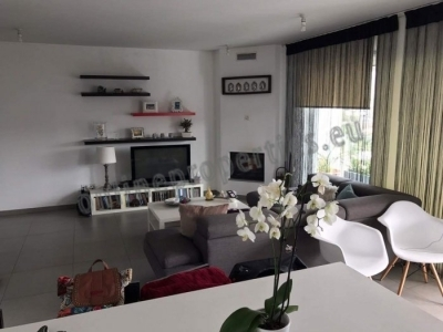 Resale Luxurious 2 Bedroom Apartment