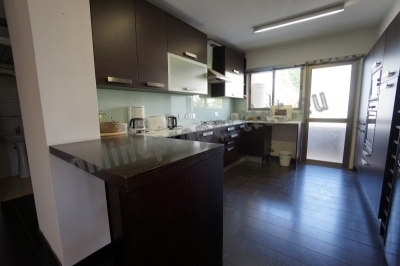 90 sq.m. Renovated 2bedroom close to parks