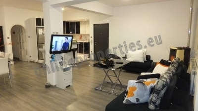 Three Bedrooms Apartment in Strovolos For Sale
