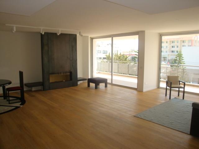 3 Bed Apartment near Hilton Park