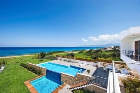 Luxury Seafront Residence in Limassol