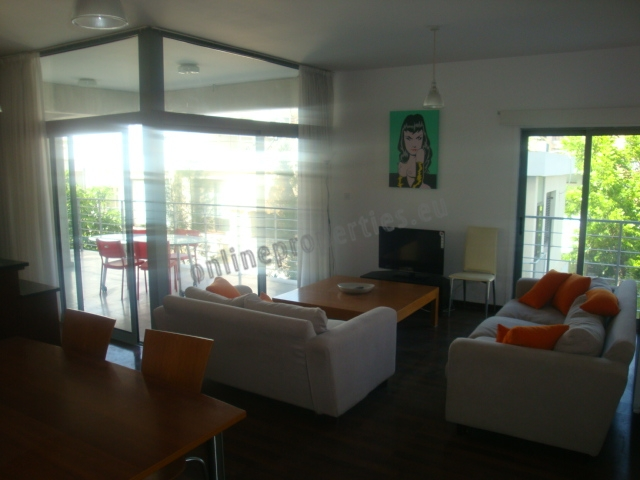 Modern Furnished 2 bed in City Center