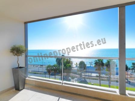 SEA FRONT 4 BEDROOM APARTMENT