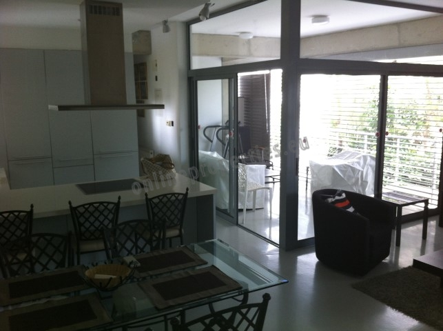City Center Quiet 2 Bed Furnished Apartment