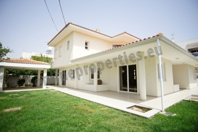 LUXURIOUS 3 BED PLUS MAID'S ROOM HOUSE FOR RENT