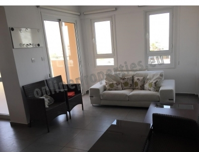 2 BEDROOM PENTHOUSE APARTMENT IN STROVOLOS
