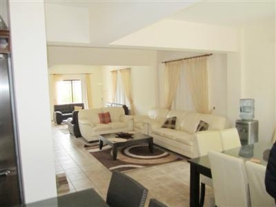 Spacious 4 Bed House in Archangelos