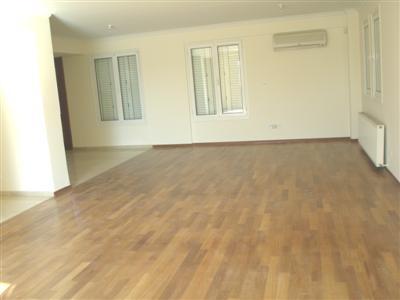 Resale 4 Bedroom House in Engomi