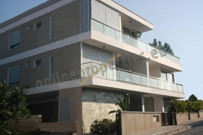 Luxury 2 bedroom apartment furnished on demand