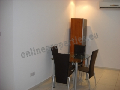Nicely furnished warm One bed apartment