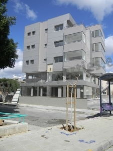 Spacious shop available next to busy road Limassol