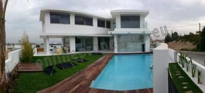 Astonishing House for Rent in Makedonitisa