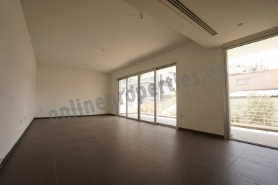 Luxury Three Bedroom Apartment For Rent