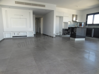 Luxurious 2 bedroom apartment close to the center