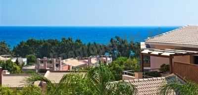 Beautiful location with breathtaking seaviews