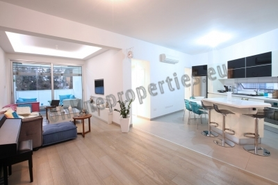 CONTEMPORARY 2 BEDROOM APARTMENT FOR SALE
