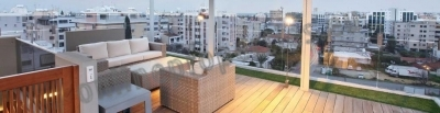 TOP FLOOR WITH ROOF GARDEN 3 BEDROOM APARTMENT