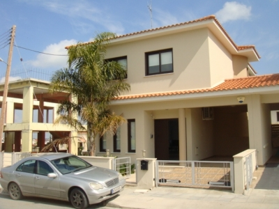 Semi-detached house of 3+1 bdrms in Pera Chorio!