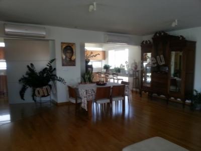 Unique Triplex Floor House