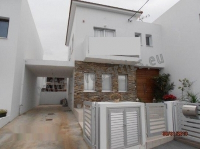 Lovely modern semi detached house in Tseri