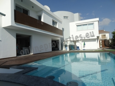 Luxurious 4bed House at Latsia/Ilioupoli