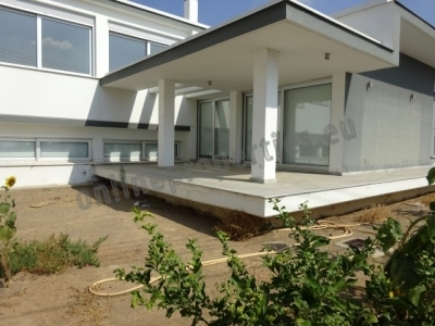 Lovely Modern House of 3+ bedrooms in Strovolos
