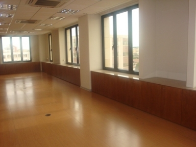Luxurious superb office space in the capital