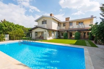 Impressive,Luxurious Modern style Villa