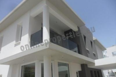 3 Bedroom House-Villa in Makedonitissa