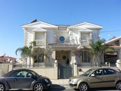 LUXURY FURNISHED HOUSE  IN KOKKINOTRIMITHIA