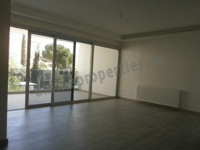Beautiful 2bedroom flat with its own garden