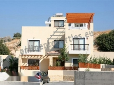 Beautiful house close to all amenities of Limassol