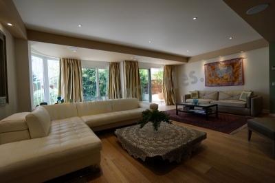 Ultra Luxury Ground Floor Flat in Acropolis