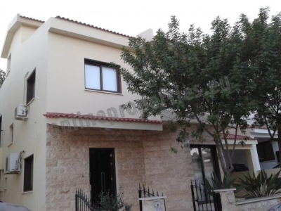 Two-Storey 4 Bedroom House in Lakatamia