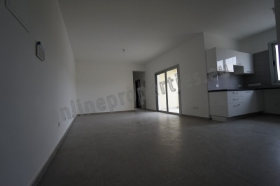 Brand New modern 2bed with massive storage room