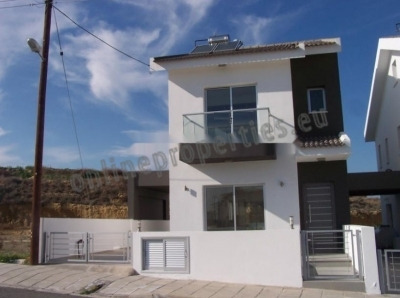 Modern and stylish detached house at Geri