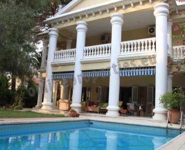 Neoclassic Villa for rent with pool
