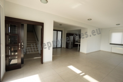 Luxury Duplex Whole Floor Apartment + Roof Garden