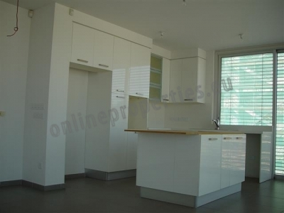Your Dream House...On a floor!