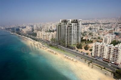 Beachfront unique luxury apartment!