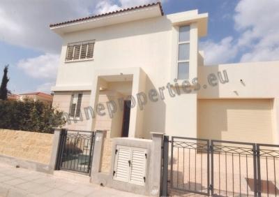 Three Bedroom House in Dekelia For Rent