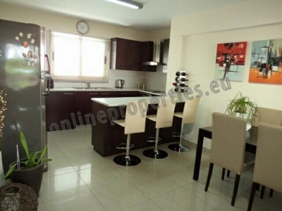 Spacious Airy Newish 2 bedroom flat at Strovolos