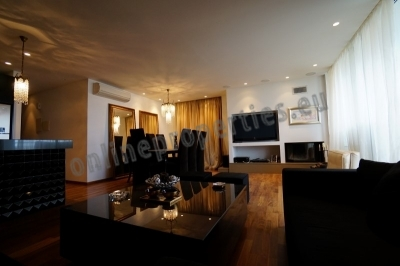 Luxurious 3bed converted into a 2bedroom