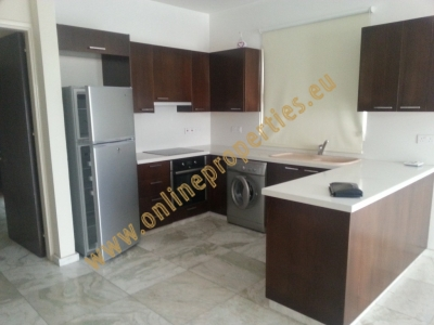 Large top floor 2 bed fully furnished apartment