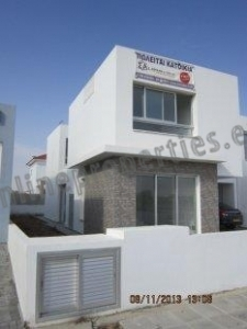 4 bedroom Detached  House in Latsia