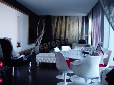 LUXURY MODERN 3 BEDROOM FULLY FURNISHED PENTHOUSE