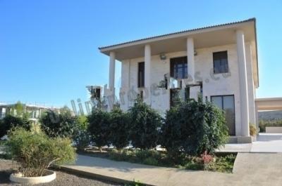 Seven Bedrooms Luxury Villa in Dali