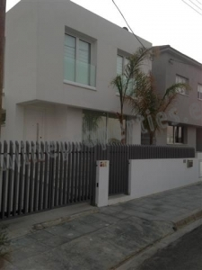EXCLUSIVE MODERN 3 BEDROOM HOUSE IN MAKEDONITISSA
